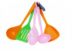 Кухонный  набор пластмассовый (5 предметов)