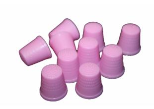 Наперсток пластмассовый (разные цвета) 20мм