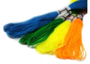 Акриловая нить для вышивания (тонкая) 31м.